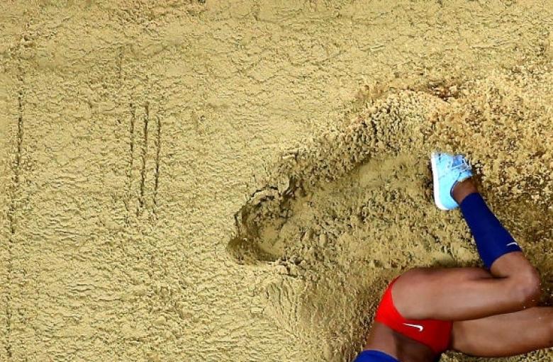 Рохас подобри световния рекорд в тройния скок - видео