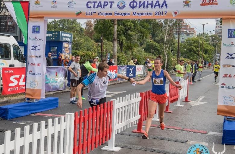 За шести път на най-силните бегачи ще стартират в щафетен маратон