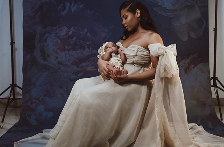 Болт кръсти дъщеря си Олимпия