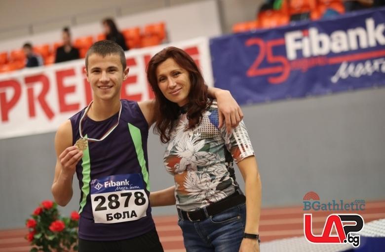 Синът на Цвети Кирилова стана евромедалист в бокса