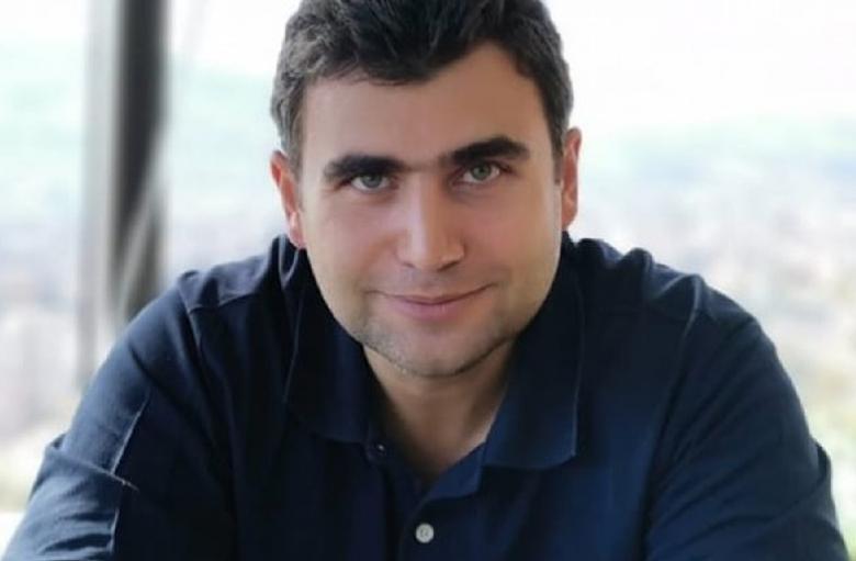 Бивш служител на ЕС Медиа бе избран за народен представител