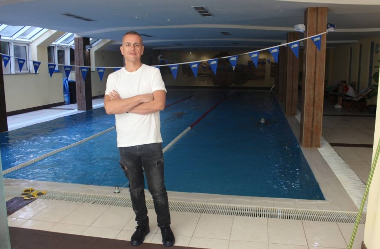 Бизнесменът Румен Димитров, който управлява 5 басейна в София, говори в Студио СПРИНТ