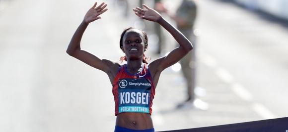 Кенийка подобри световния рекорд в полумаратона