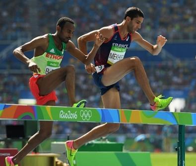 Издирват етиопски атлет, пребил треньора си