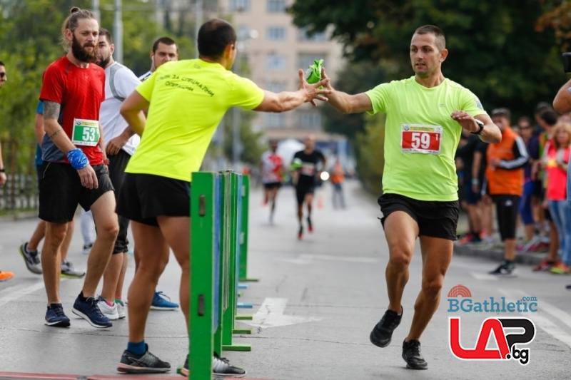 Щафетният маратон в София отново събирa най-добрите бегачи