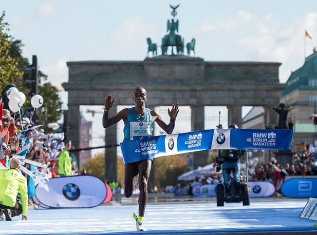Тренировките на Елиуд Кипчоге за Берлинския маратон
