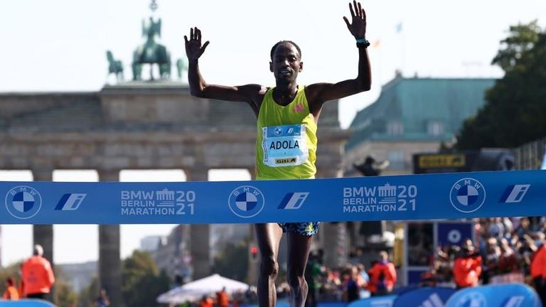 Изненадващ победител на маратона в Берлин