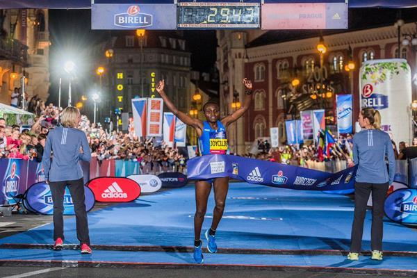 Кенийка подобри световен рекорд