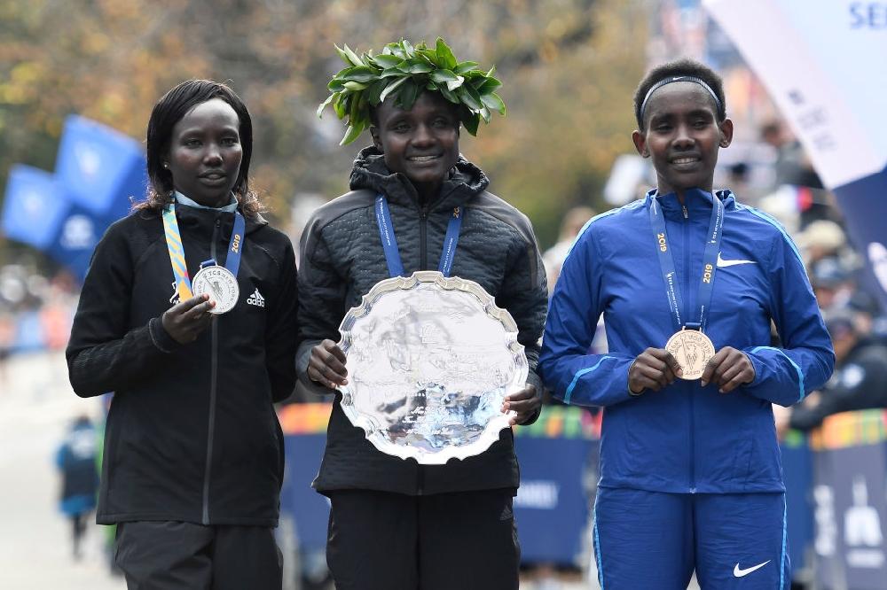Кенийски триумф на маратона на Ню Йорк