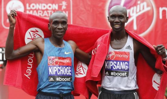 Кенийците си правят психоатаки преди маратона в Берлин