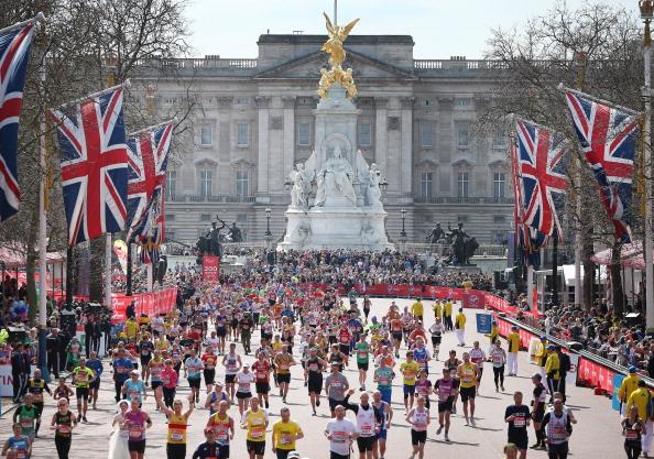 Само елитни бегачи на Лондонския маратон