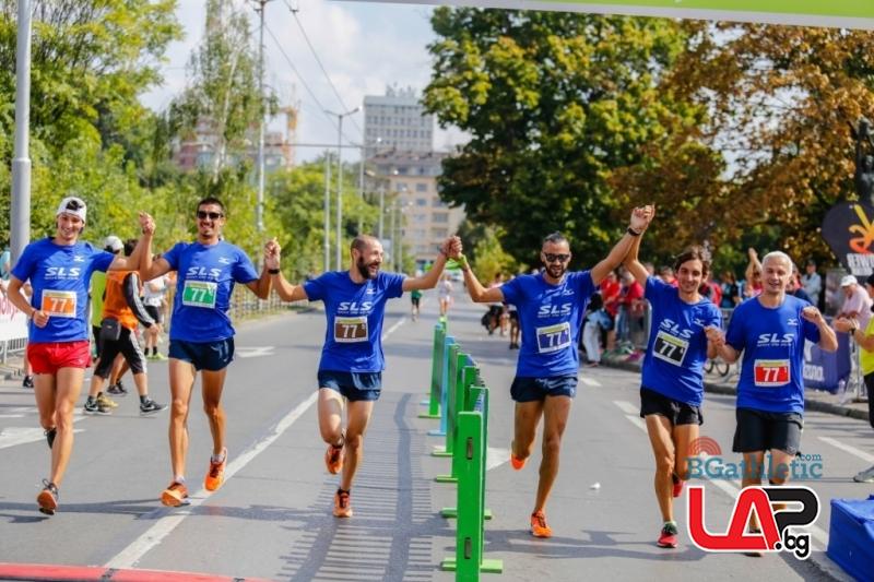 Елитен тим спечели щафетния маратон Екиден