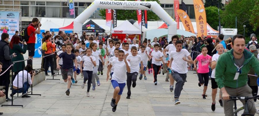 Кениец триумфира на Пловдивския маратон
