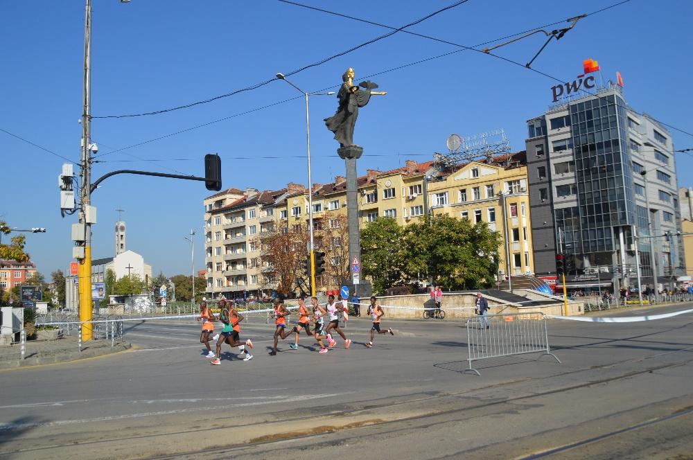 Елитни атлети от цял свят пристигат за София маратон 2018