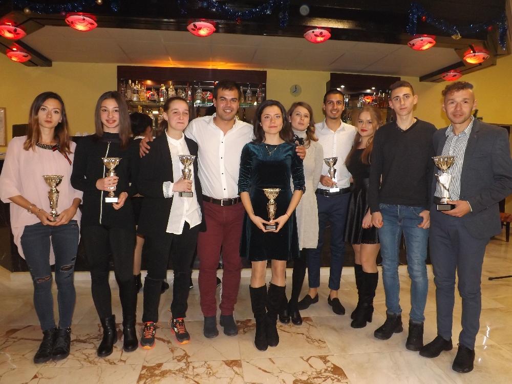 Ценов и Николов покориха за осми път спортния Олимп в Мездра