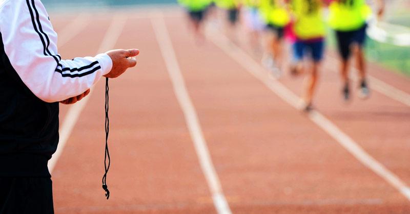 Министерството дава месечна заплата  за треньор в спортен клуб