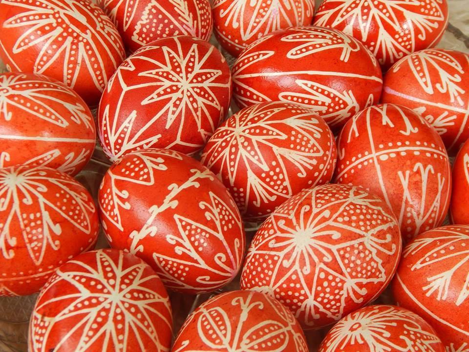 Атлети пишат яйца по вековна традиция