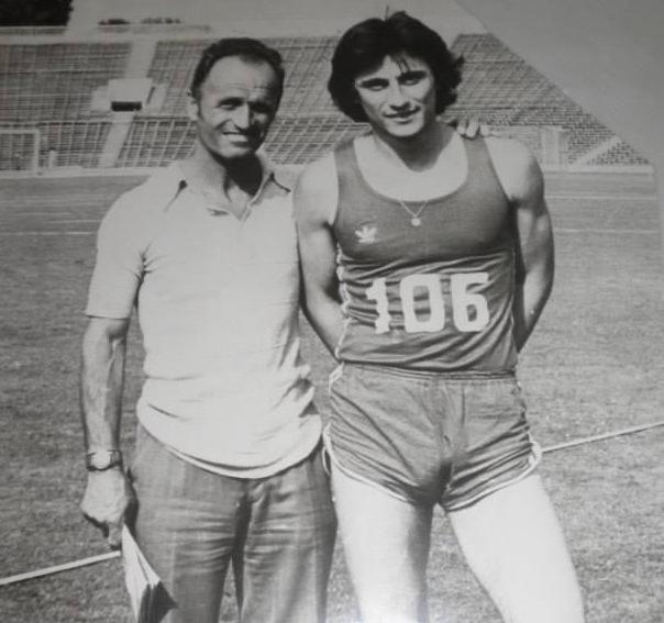Почина Валентин Кираджийски