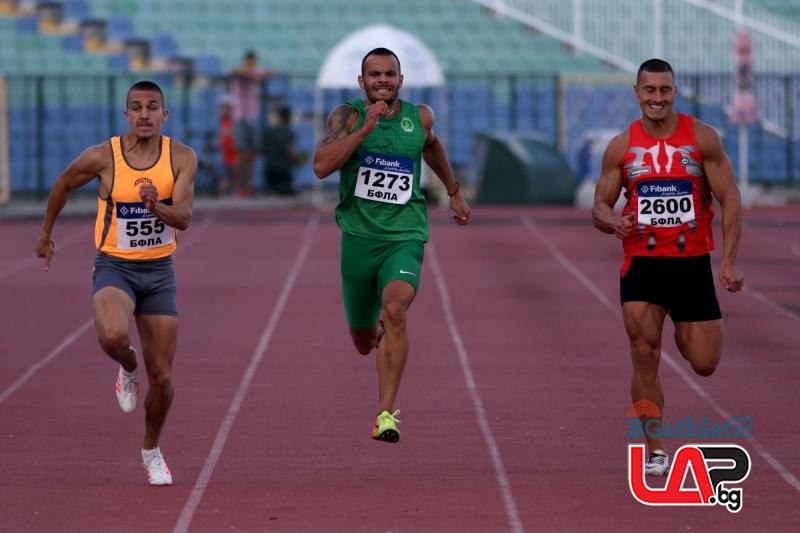 Антонио Иванов надбяга всички и на 200 м, дубъл и за Ефтимова