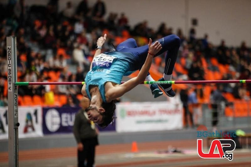 Тихомир Иванов на 1 см от най-доброто си за сезона