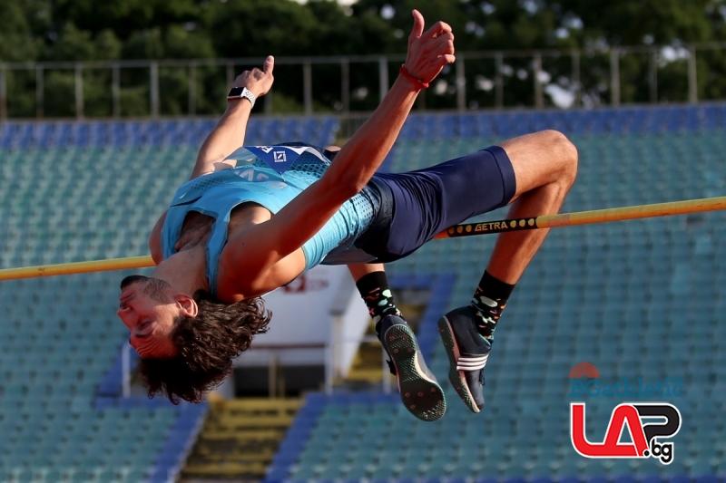 Тихомир Иванов скочи за четвърто злато