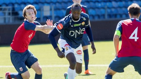 Болт дебютира за норвежки футболен тим